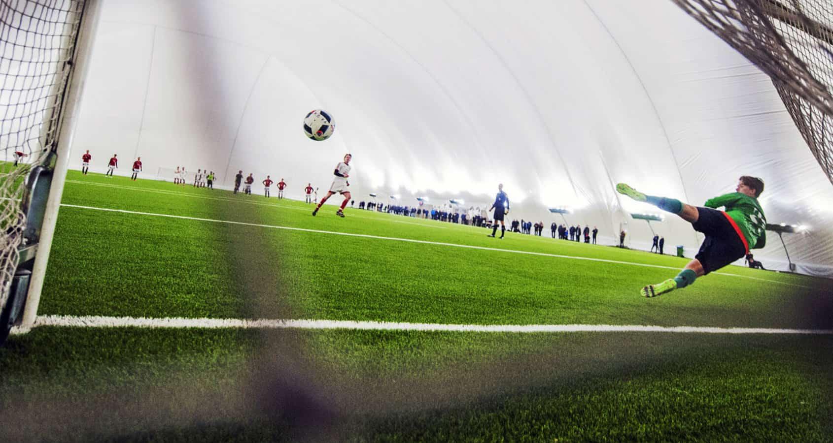 Fotbollsläger i Sverige